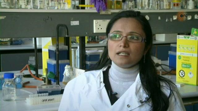 Watch the video:Interview with Dr. Suman Peel-Lata, ERC Starting Grant 2010, Project Acronymn: MEM_FIZZ